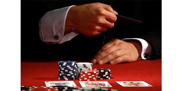Teknik bluffing di permainan poker online